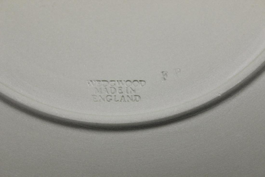 A Wedgwood Plate Jasperware - 3