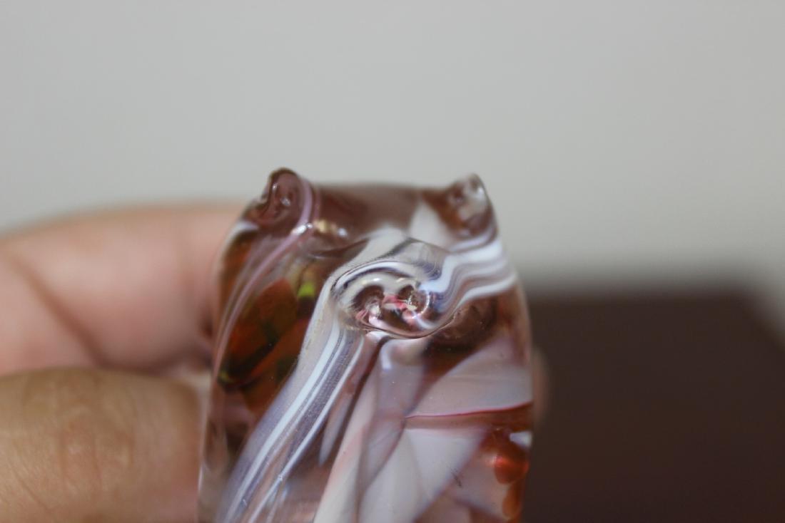A Gozo Glass Pig Figurine - 5