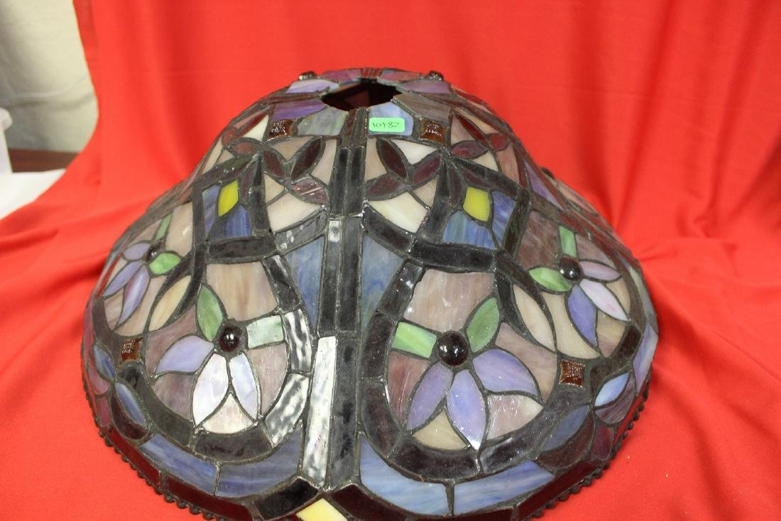 A Stain Glass Lamp Shade - 5