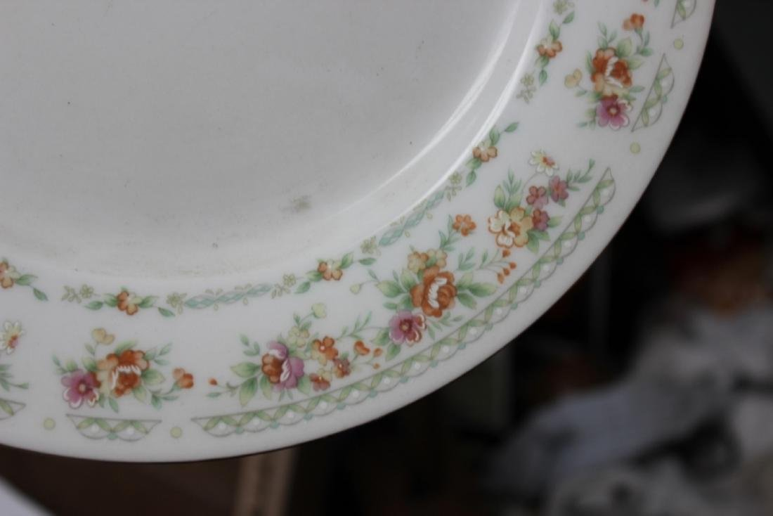 A Rare Chinese Rose Pattern Plate - 4