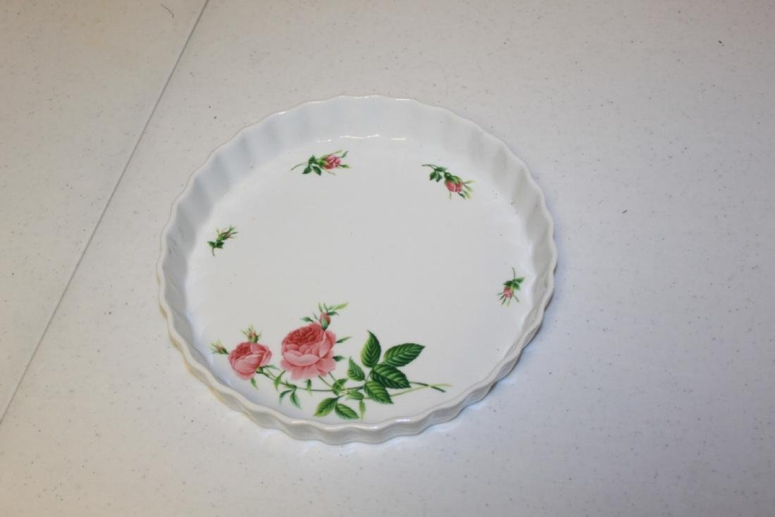 Christineholm Rose Pattern Quiche