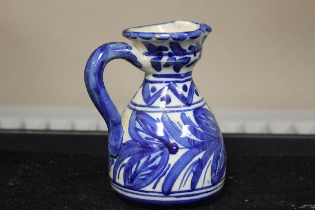 A Toledo (?) Blue and White Pottery Ewer - 2