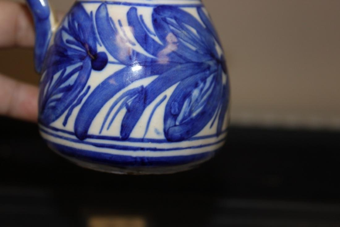 A Toledo (?) Blue and White Pottery Ewer - 8