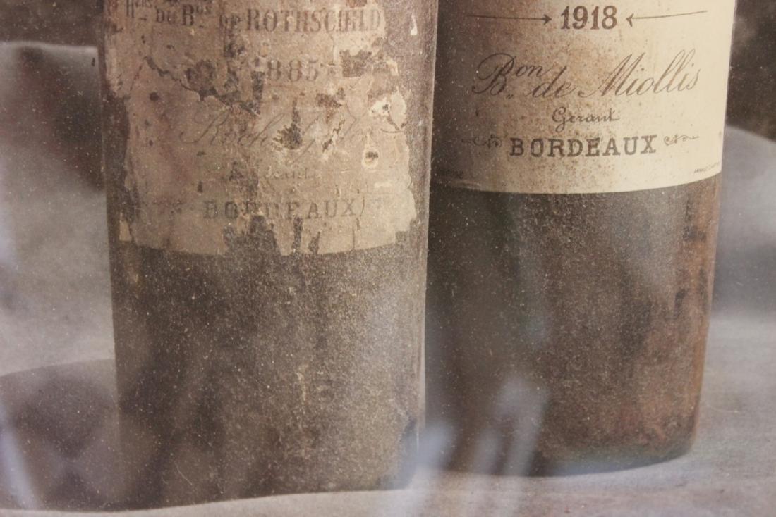 A Peter Knaup Wine Photograph - Framed - 6