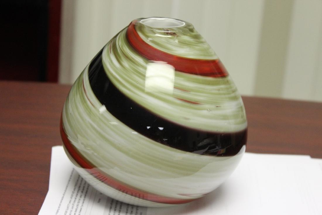 An Art Glass Vase