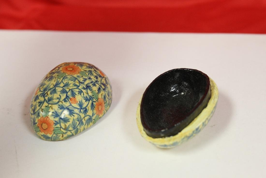 a Lacquer Egg Form Trinket Box - 3