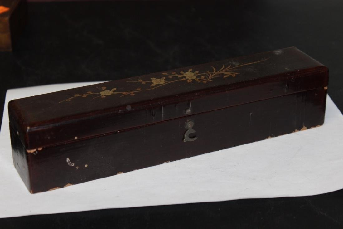 A Lacquer Box with a Fan Inside - 6
