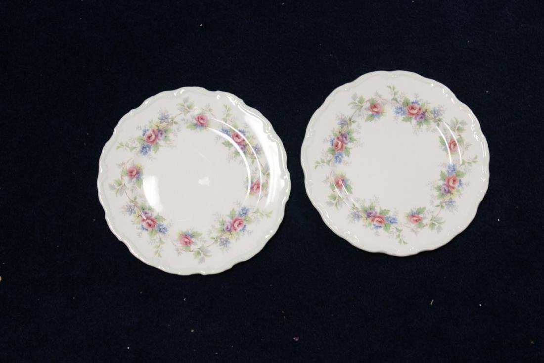 """A Pair of Royal Albert Plates """"Colleen"""" Pattern"""