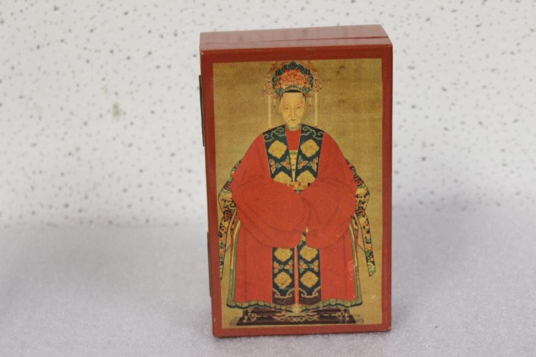 An Oriental Motif Wooden Box