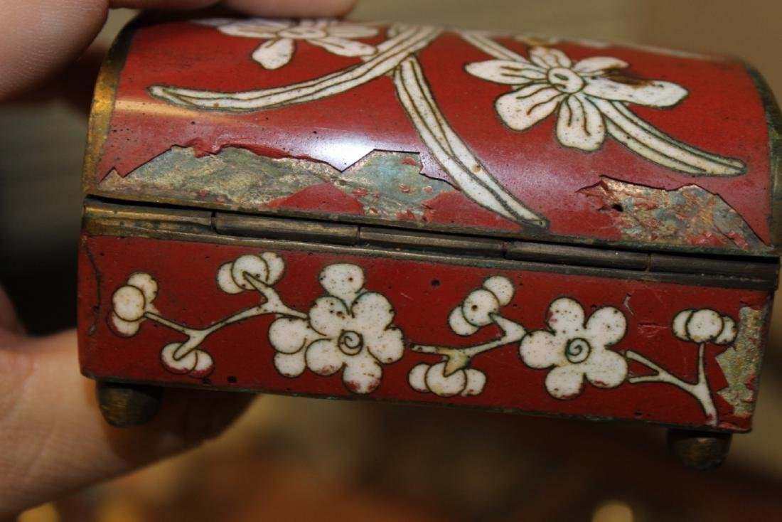 An Antique Chinese Cloisonne Box - 7