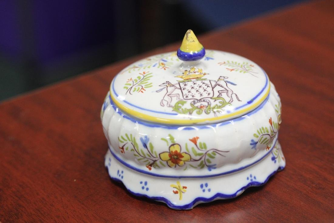 An Italian? Portugese? Trinket Box with lid - 7