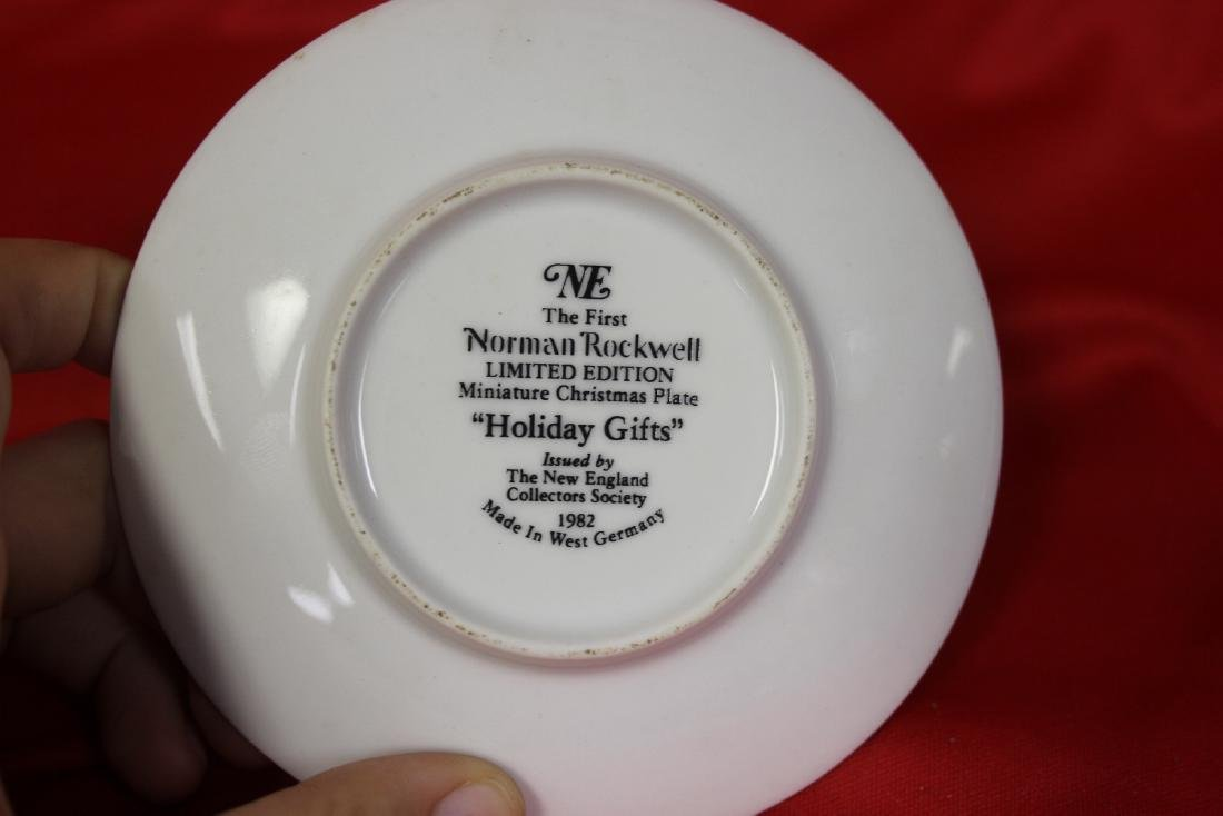 A Norman Rockwell Miniature Collector's Plate - 3