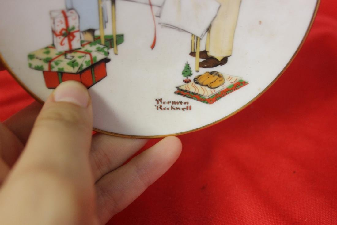 A Norman Rockwell Miniature Collector's Plate - 4