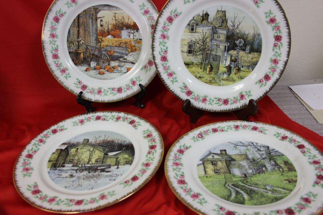 Lot of 4 Vintage Decorative Plates