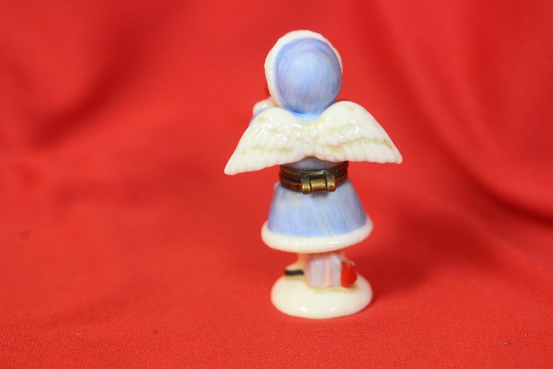 A Ceramic Angel Form Trinket Box - 2