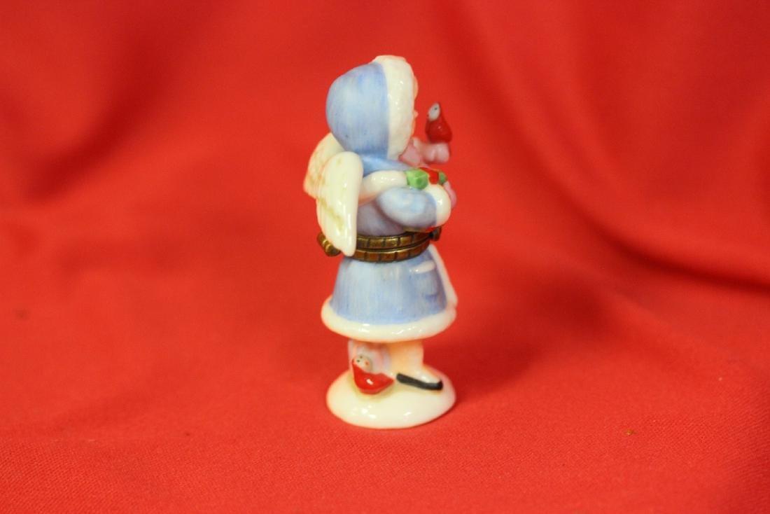 A Ceramic Angel Form Trinket Box - 3