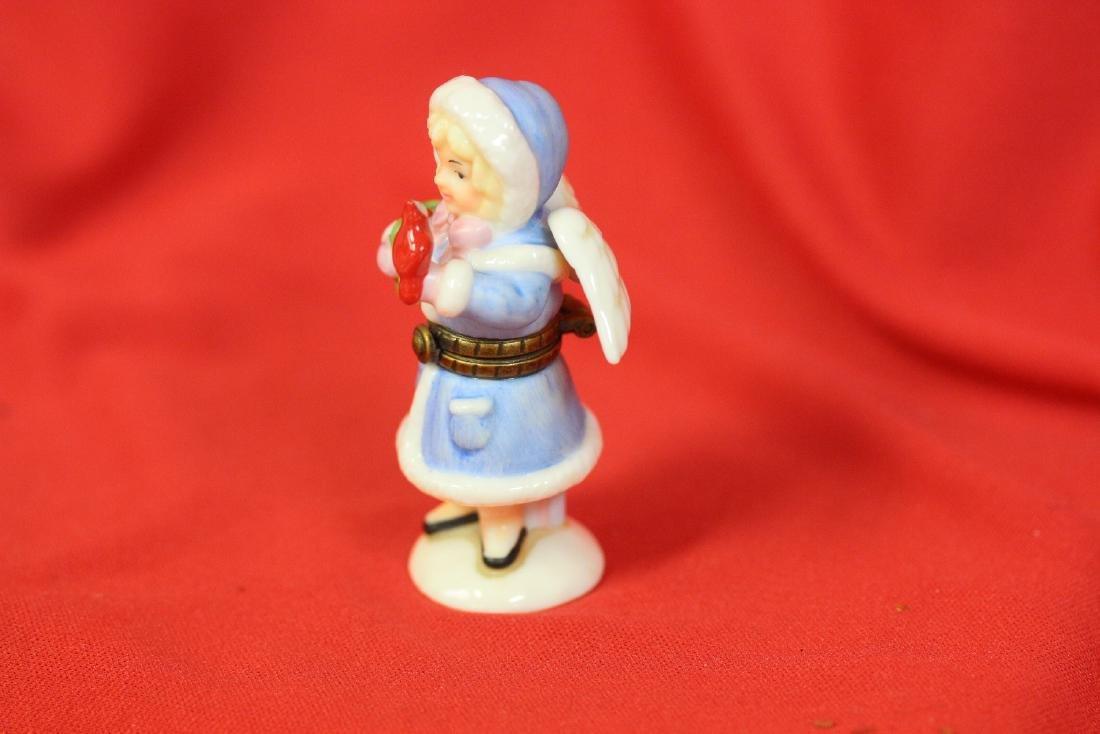 A Ceramic Angel Form Trinket Box - 4