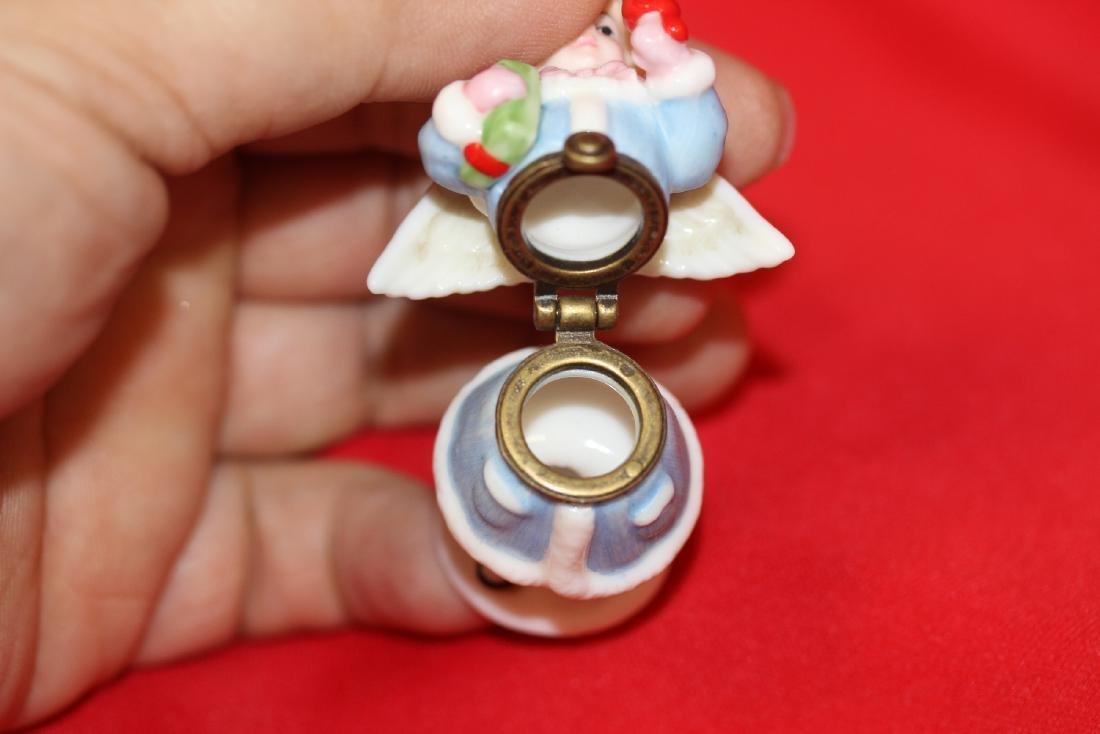 A Ceramic Angel Form Trinket Box - 6