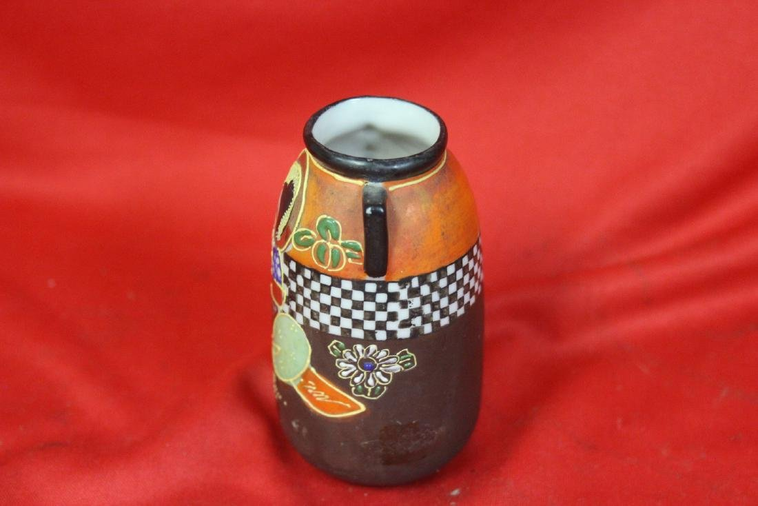 An Early Japanese Two Handle Miniature Vase - 4