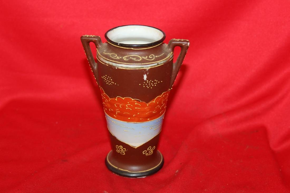 An Early Japanese Two Handle Vase - 3