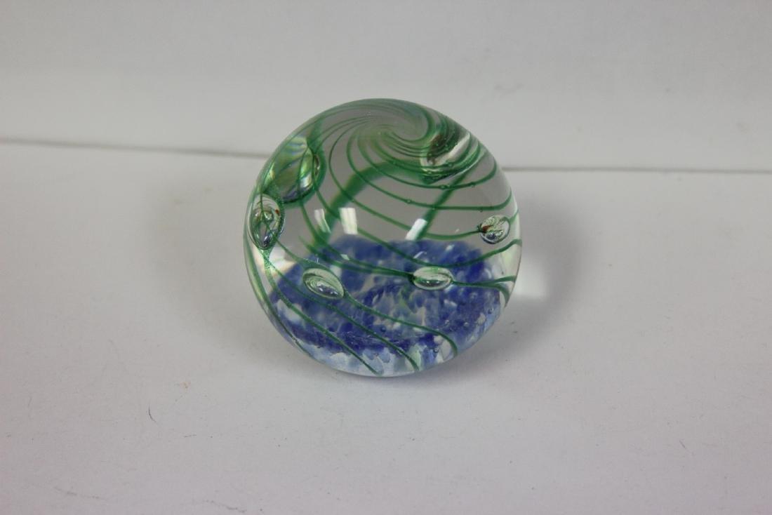 An Art Glass Paperweight - 3