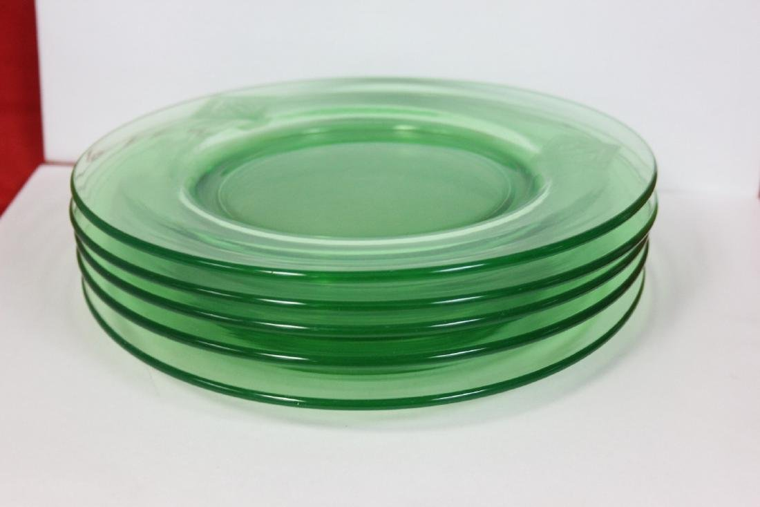 Set of 5 Vaseline Glass Plates