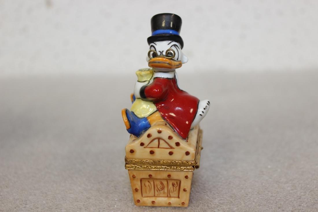 A Limoge, France Scrooge McDuck Trinket Box - 3
