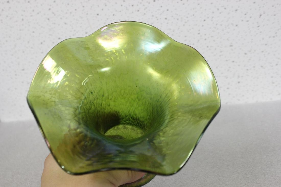 An Unsigned, Possibly Loetz Iridescent Vase - 5