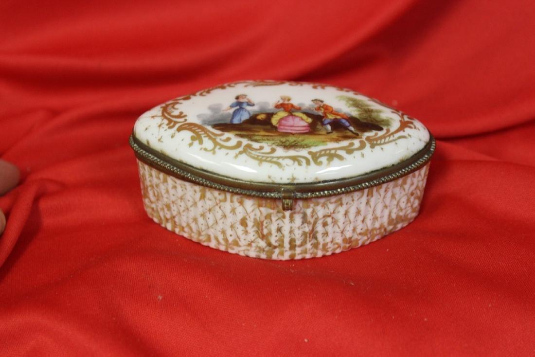 An Antique Meissen Trinket Box