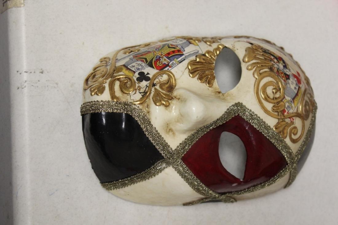 A Ca'Del Sol Italian Madri Gras? Mask