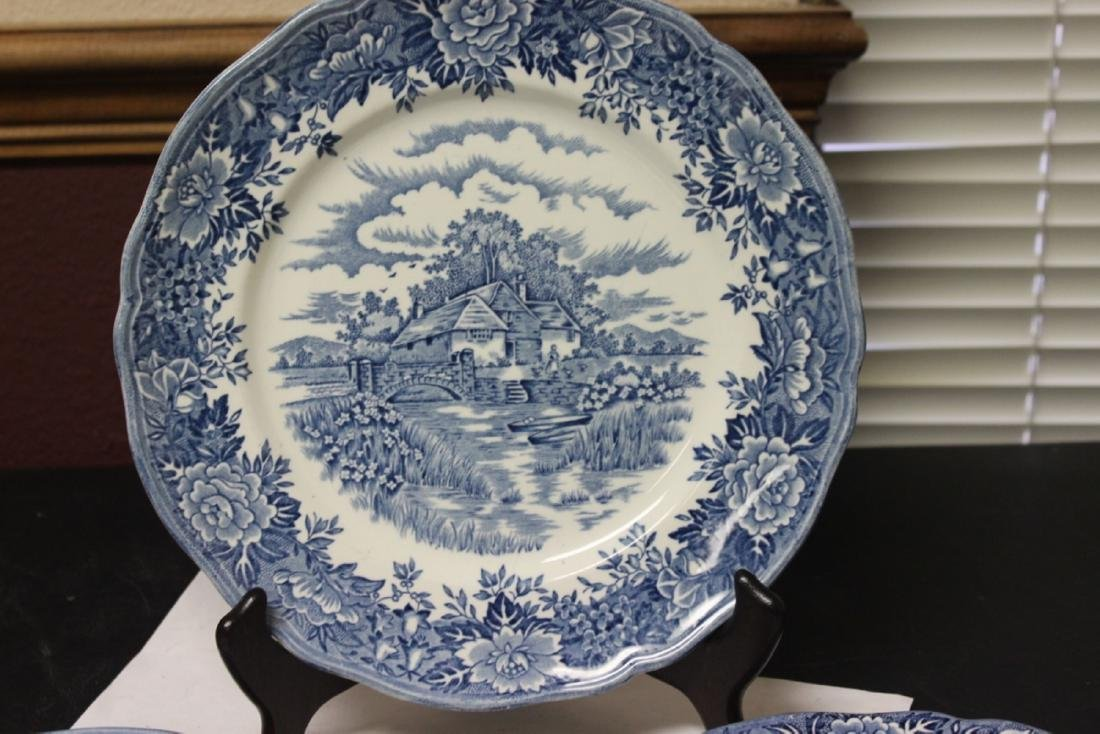 Set of 3 Blue and White Staffordshire Plates - 2
