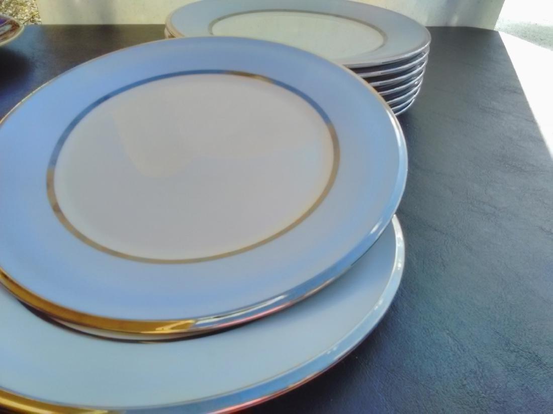 Set of 9 Lenox Blue Frost Salad Plates - 4