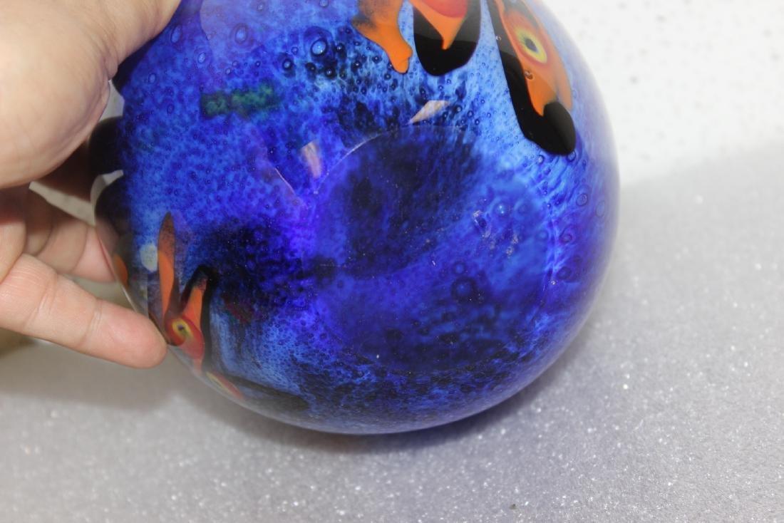 An Art Glass Vase - 7