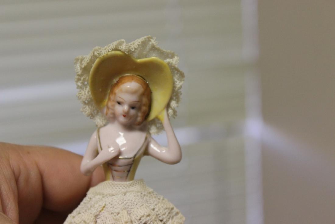 A Ceramic Lady - Vintage - 6