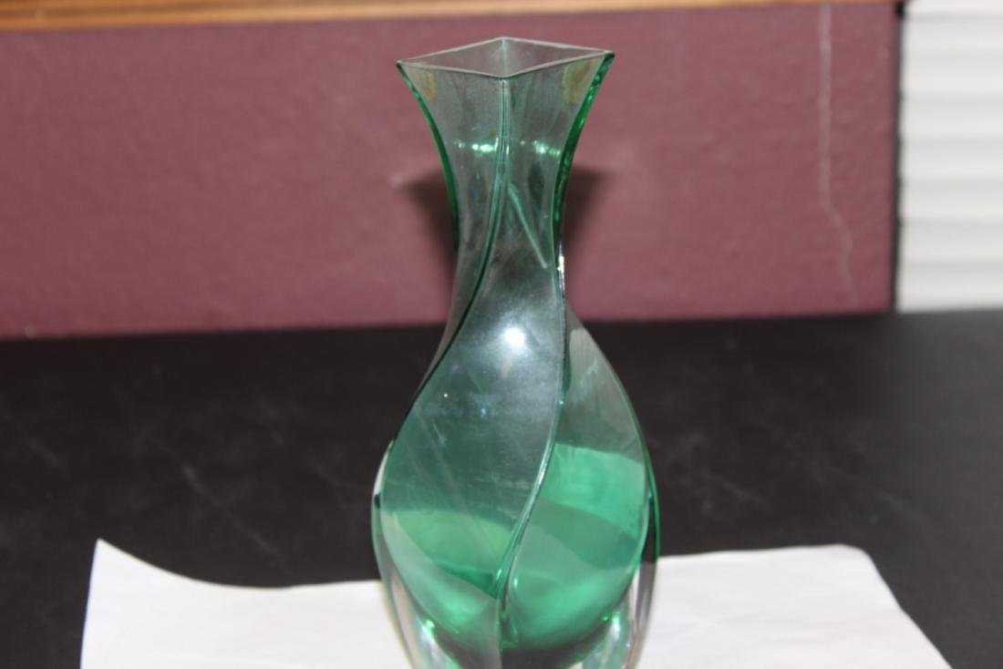 A Green Swill Glass Vase