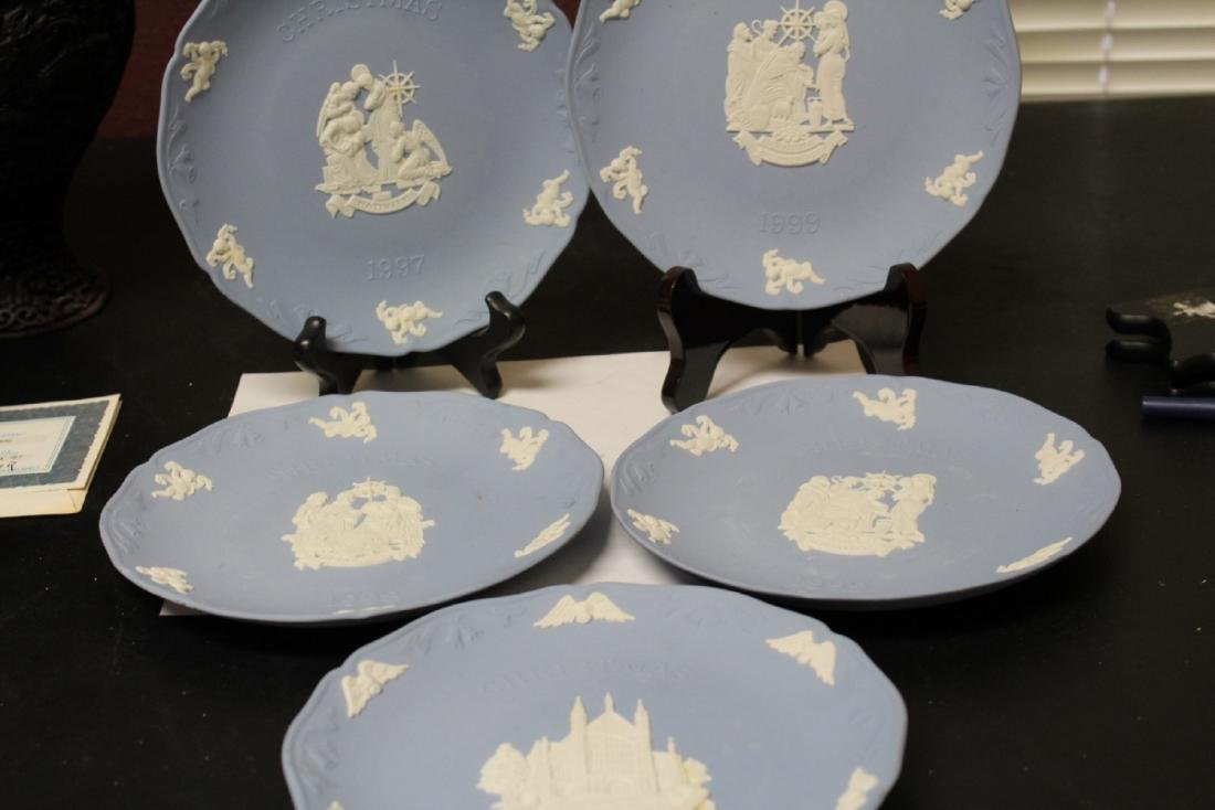 Set of 5 Wedgewood Christmas Plates