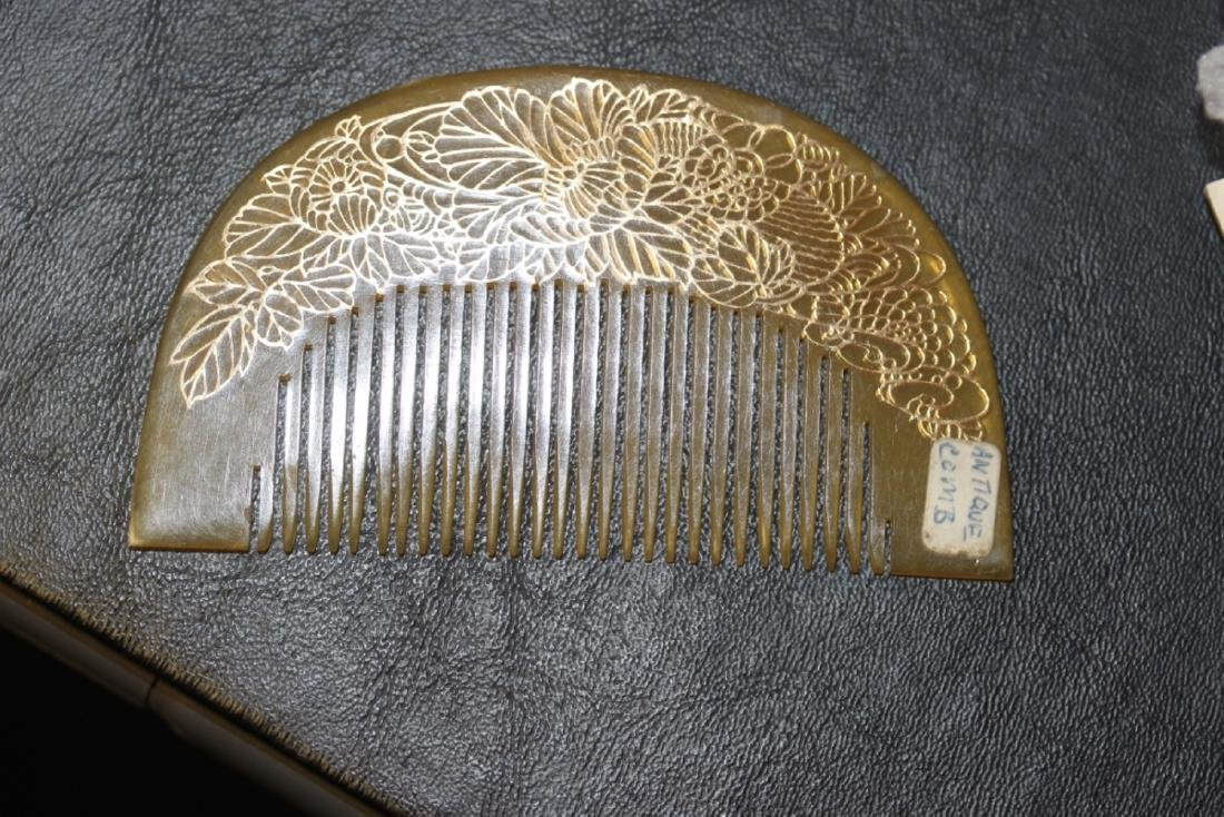 A Vintage Japanese Faux Tortoise Shell Comb