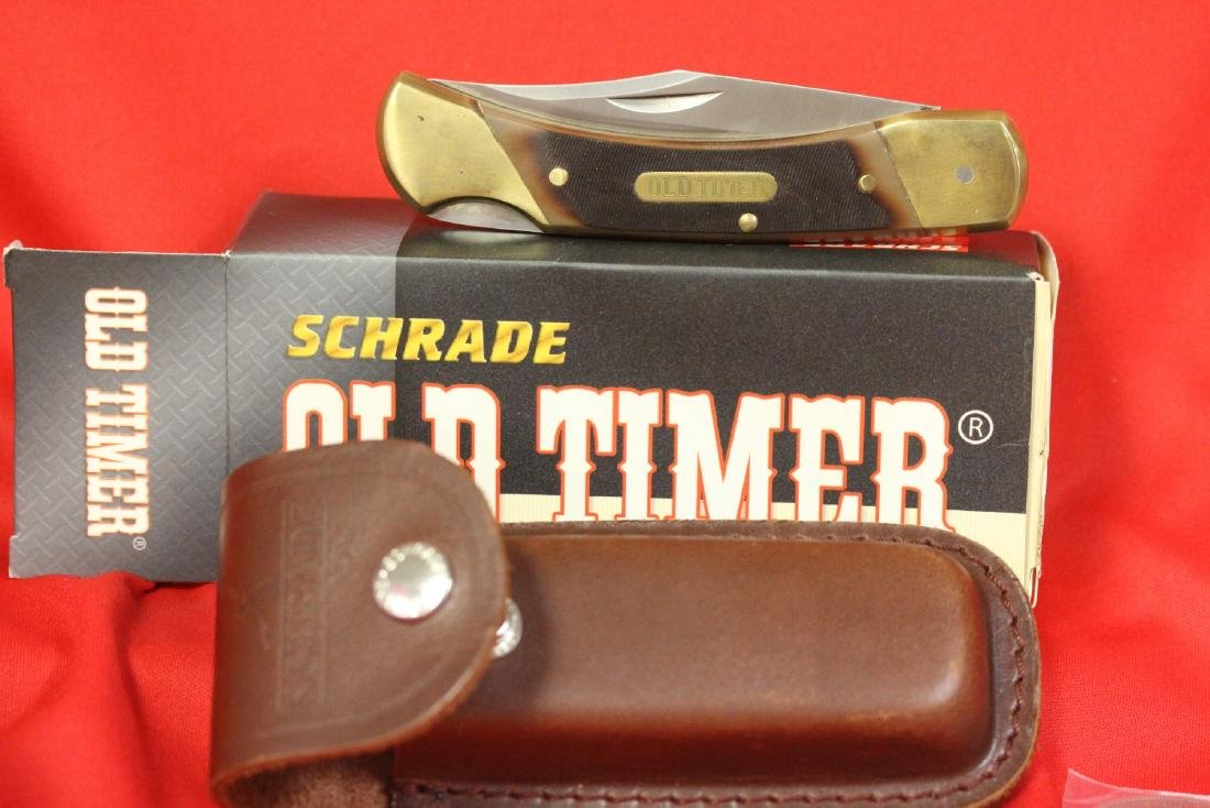 A Schrade Old Timer Knife