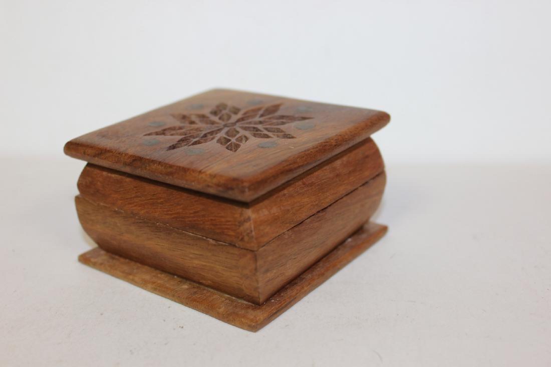 An Inlay Wooden Box