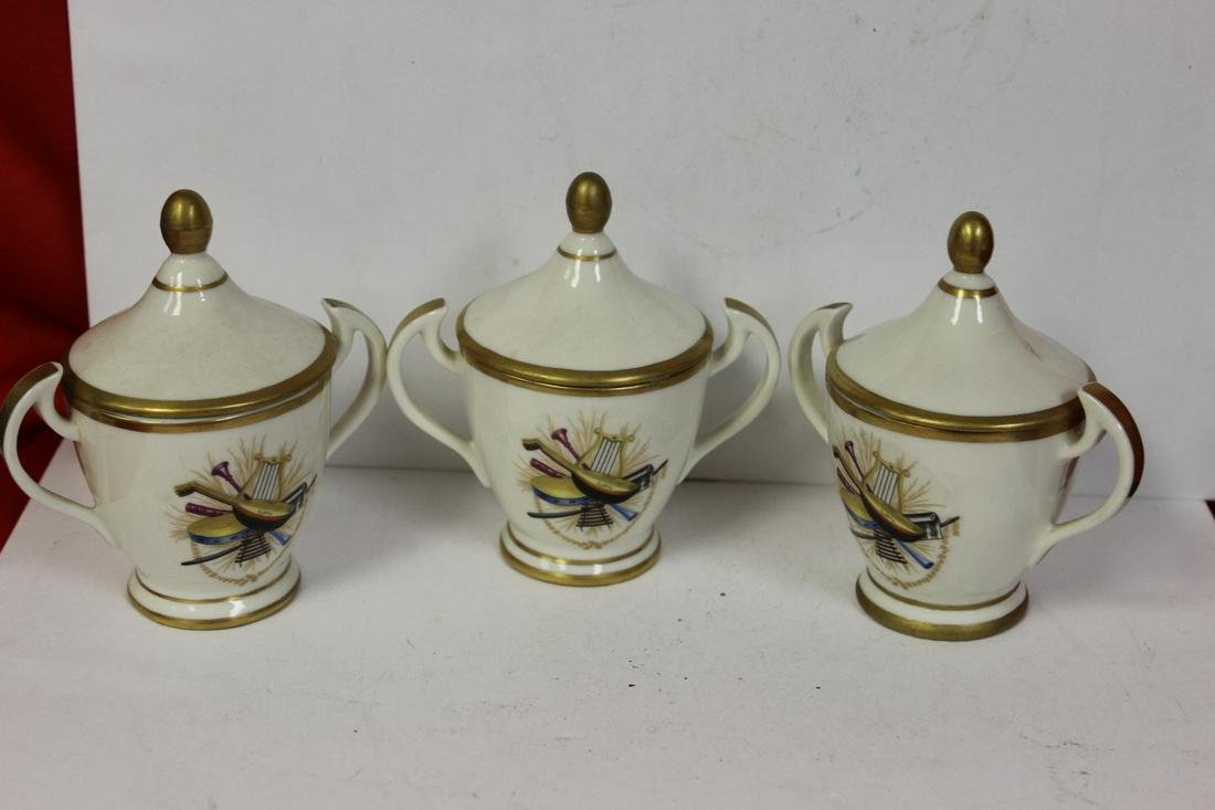 Set of 3 Italian Cups and Lids