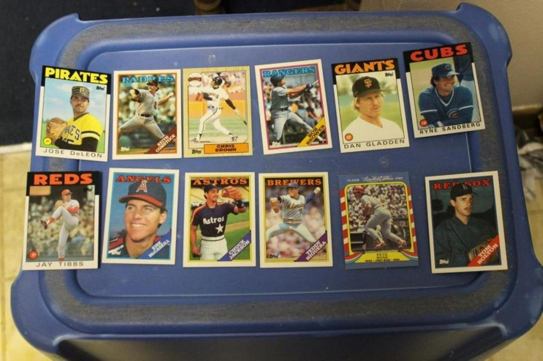 Lot of 12 1980's Baseball Card