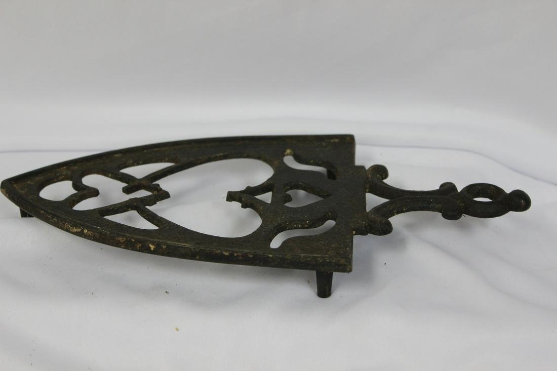 A Cast Iron Trinket for Iron