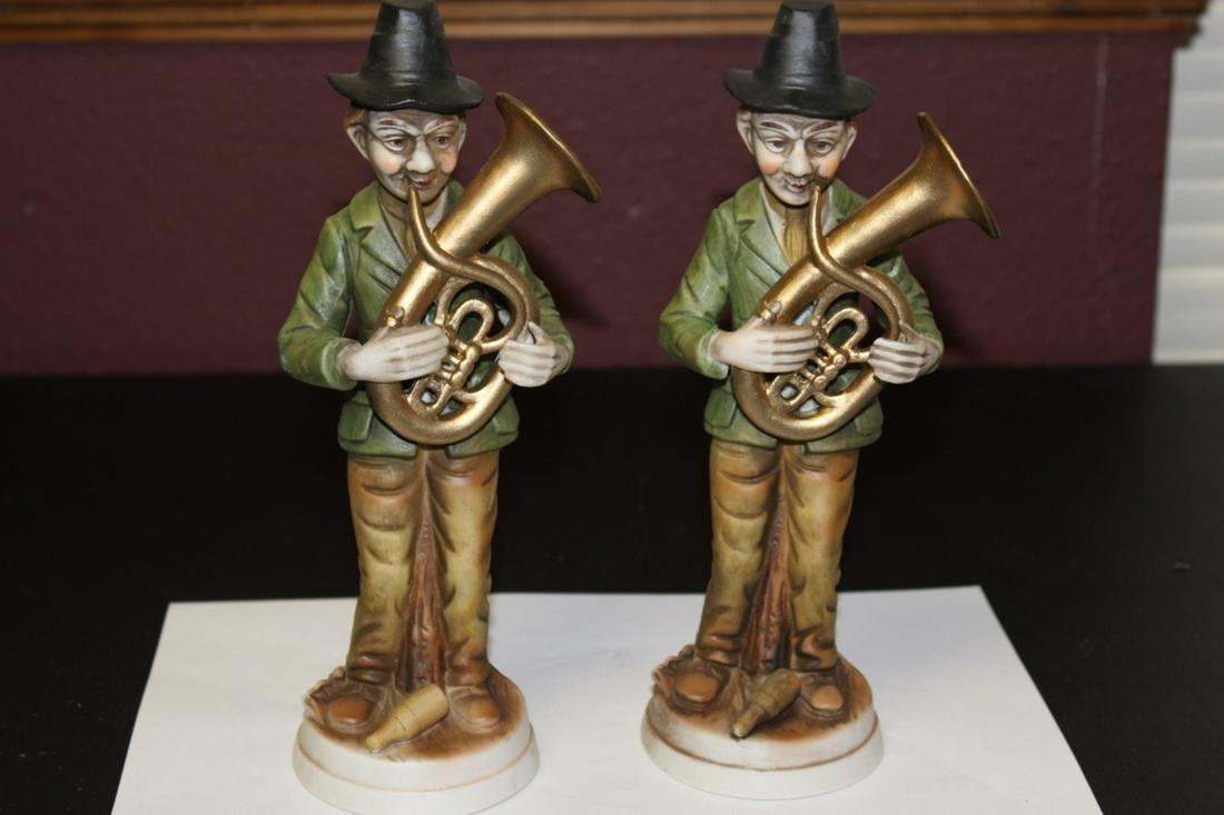 Set of 2 Ceramic Figure