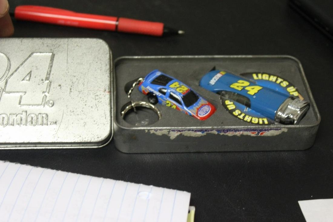 Jeff Gordon #24 Lighter and Keychain