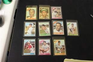Lot of 10 vintage Baseball Cards