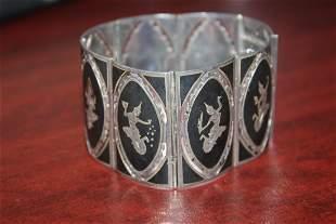 A Sterling Silver Thai/Oriental Bracelet