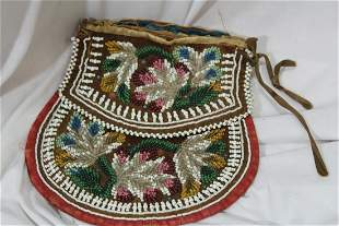 A Vintage/Antique Native American Beaded Purse