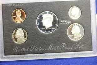 A 1998 US Mint Silver Proof Set