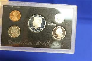 A 1992 US Mint Silver Proof Set