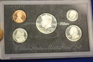 A 1993 US Mint Silver Proof Set